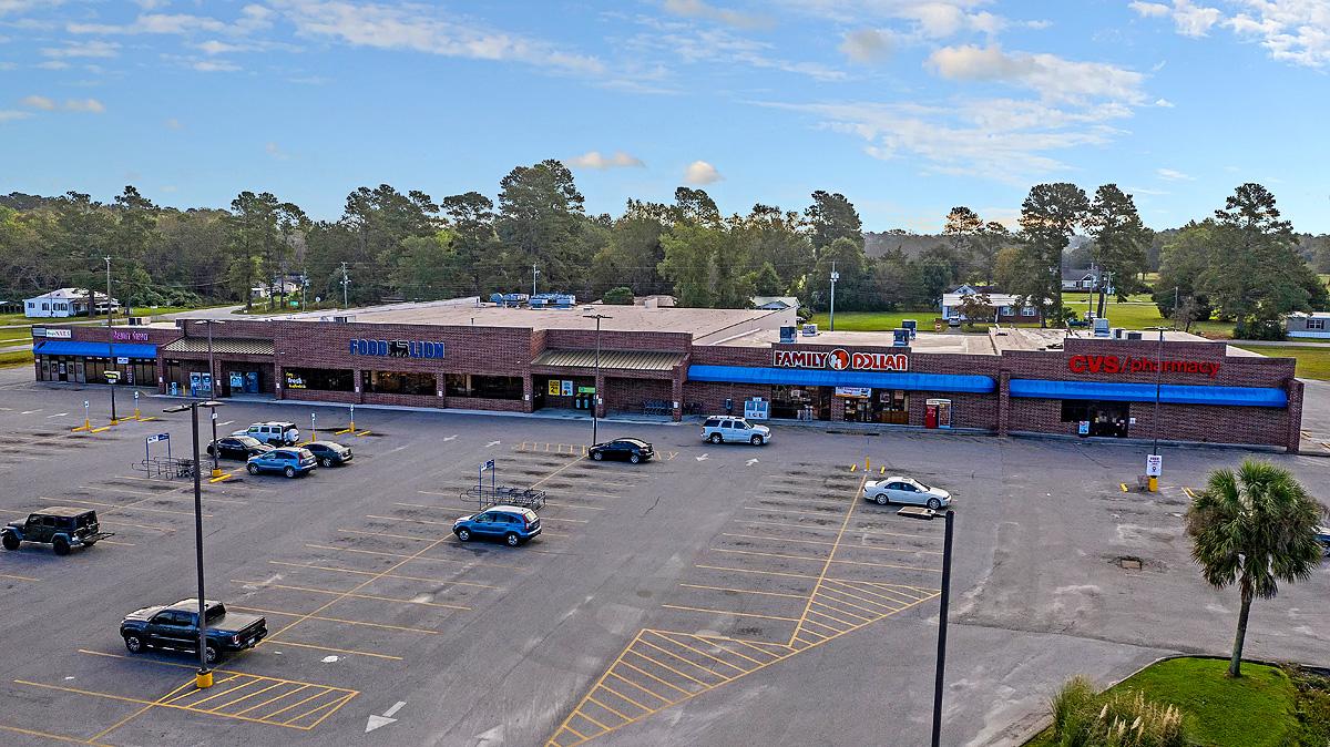 Andrews, SC – Shopping Center Sale